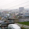 走井山公園入り口から見た市内