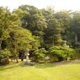 サンルームからの庭園の眺め