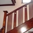 洋館の階段手すりに施された意匠