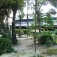 和館裏の庭越しに見た番蔵棟